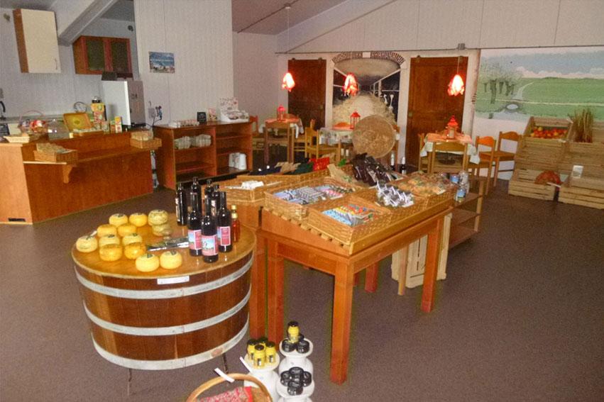 Boerenlandwinkel En Koffieboerderij Riekjeshoeve