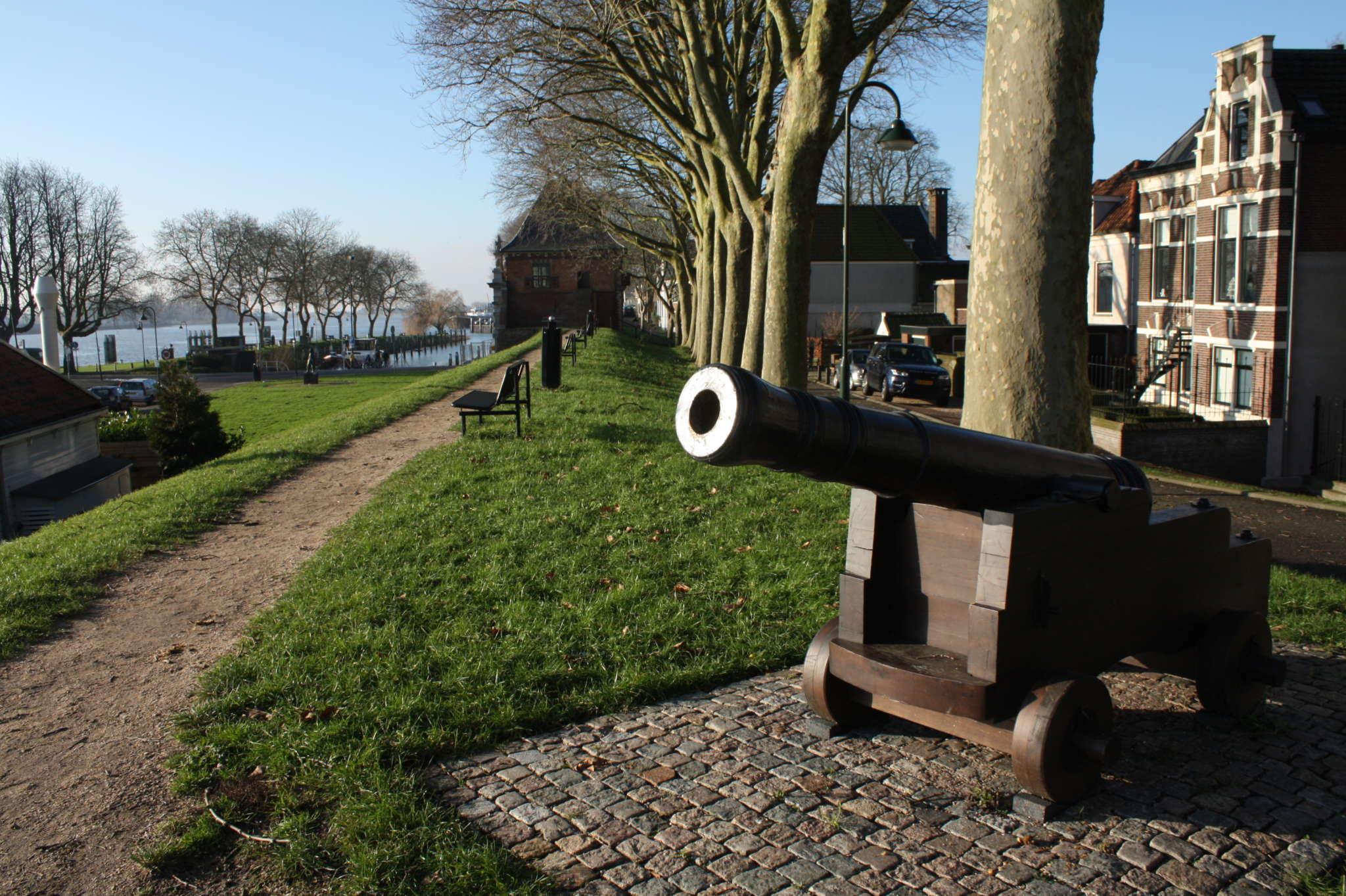 Schoonhoven Kanon Op Wal