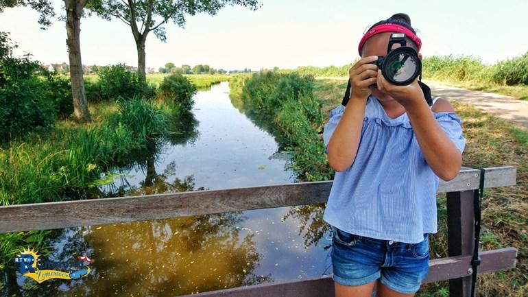 Yuni (10) Fotografeert Dieren En Molens In De Alblasserwaard