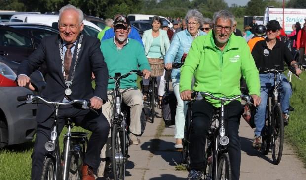 Burgemeester Van Der Borg Geeft Startschot Voor Vierdaagse Alblasserwaard