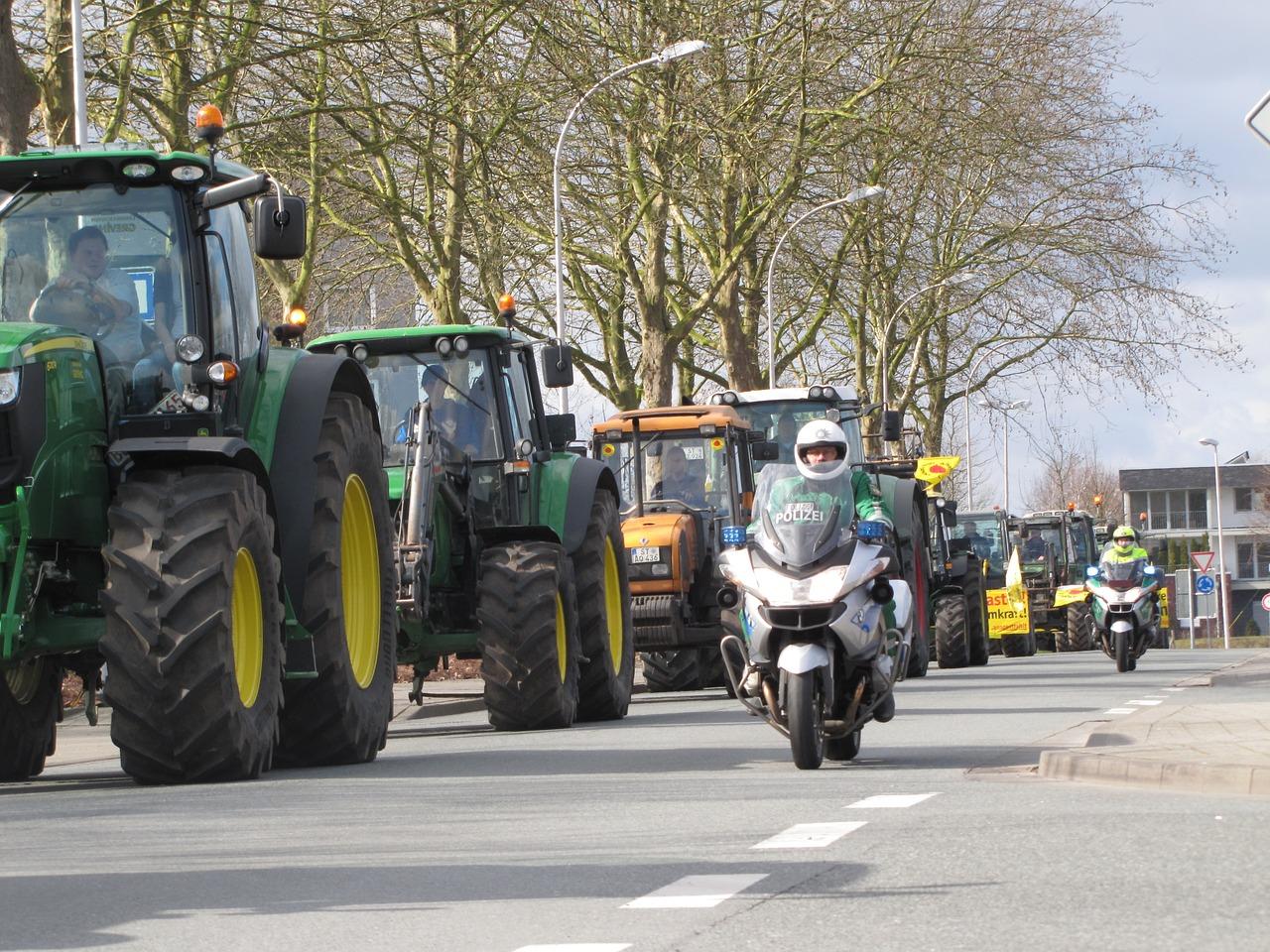 Tractors 1329972 1280