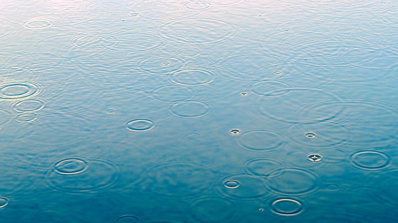 Raindrop 3629132 1280
