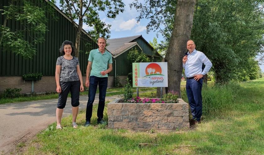 Burgemeester Theo Segers Op Bezoek Bij Camping Slingeland