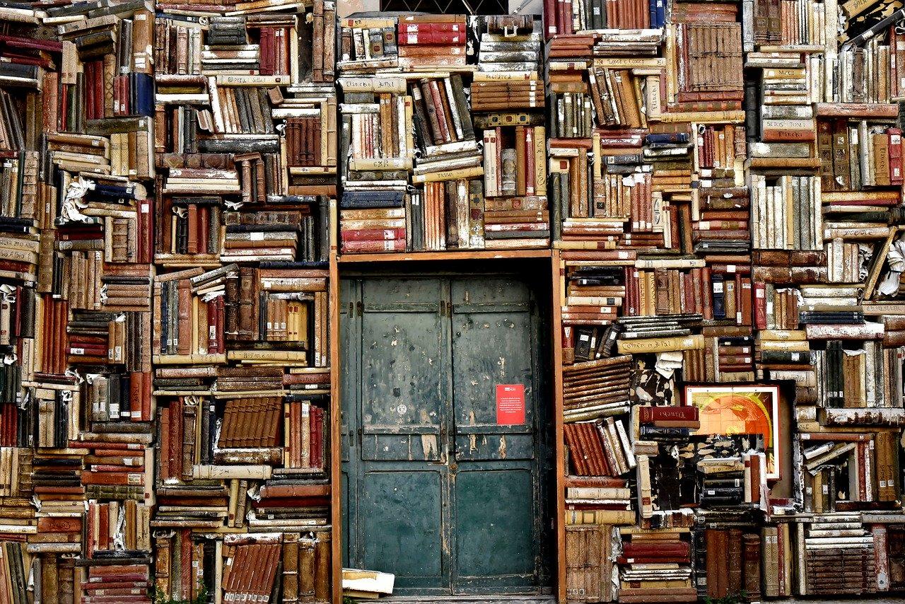 Books 1655783 1280
