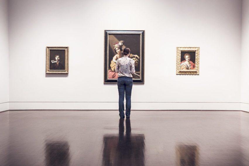 Artikel AD: Wethouder Roept Op: Kom Alsjeblieft Naar Noodlijdende Musea Toe